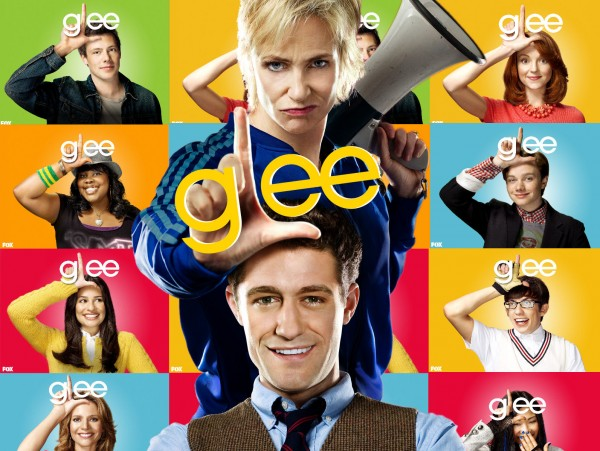 GLEE_Wallpaper_by_RandomPandemonium